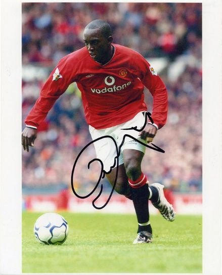 Dwight Yorke, Manchester Utd, signed 10x8 inch photo.